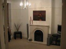 3 Bedroom House Lounge West Wickham, Bromley